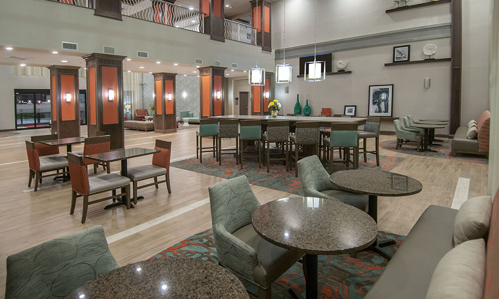 hampton_inn_and_suites_pensacola_i_10_pine_forest_road_lobby_3