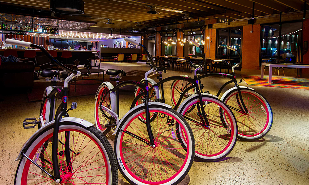 moxy_by_marriott_tempe_bicycles