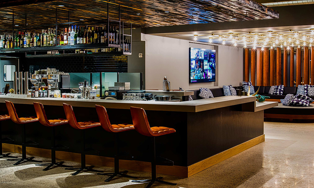 moxy_by_marriott_tempe_lobby_bar