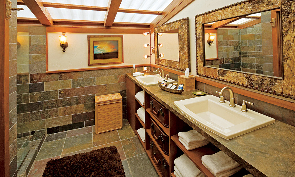 paws_up_resort_interior_bathroom3