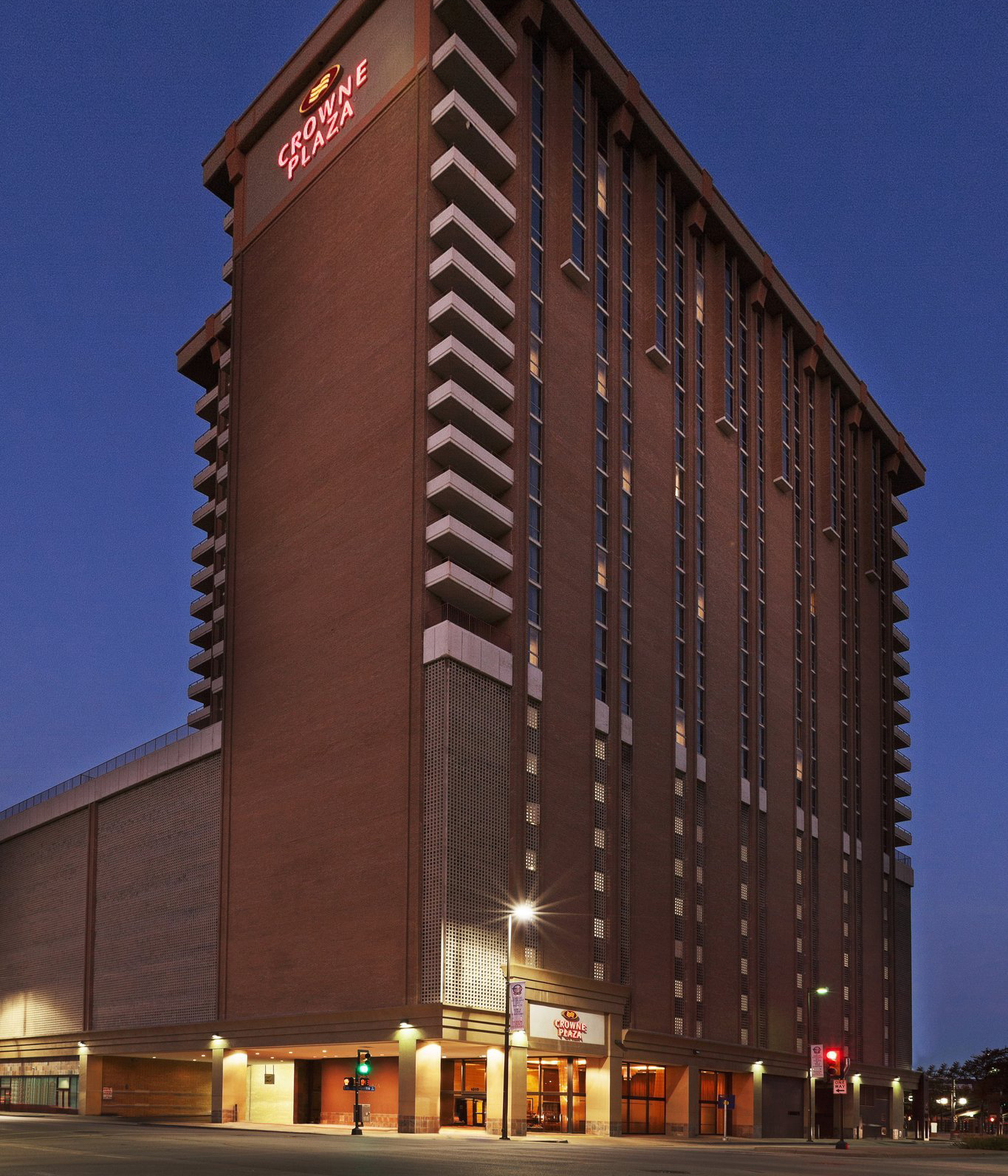 Holiday Inn Express Dallas: Recent Deals
